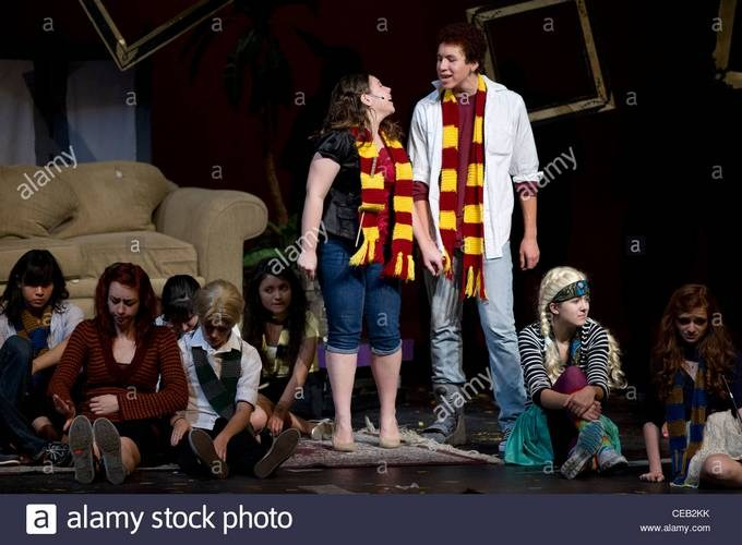 A Very Potter Musical - Gotta Get Back to Howgarts (Part 1)