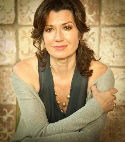 Amy Grant - Grown-up Christmas List