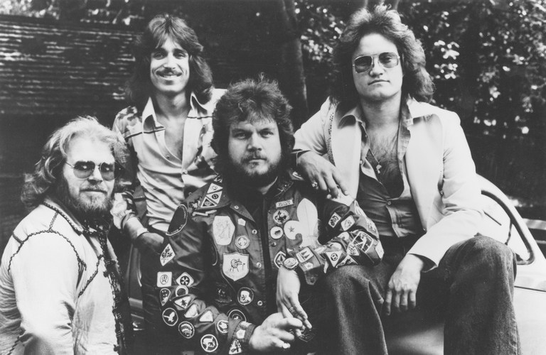 Bachman-Turner Overdrive - Hold Back the Water